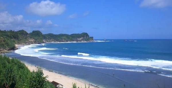 Pantai Nampu Wisatadiindonesia Kab Wonogiri