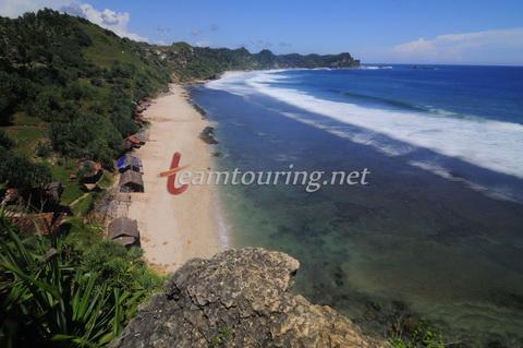 Pantai Nampu Wonogiri Pesona Wisata Unggulan Teamtouring Pemandangan Atas Bukit