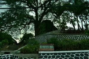 14 Tempat Wisata Wonogiri Kuliner Hotel Murah Watu Plinteng Semar