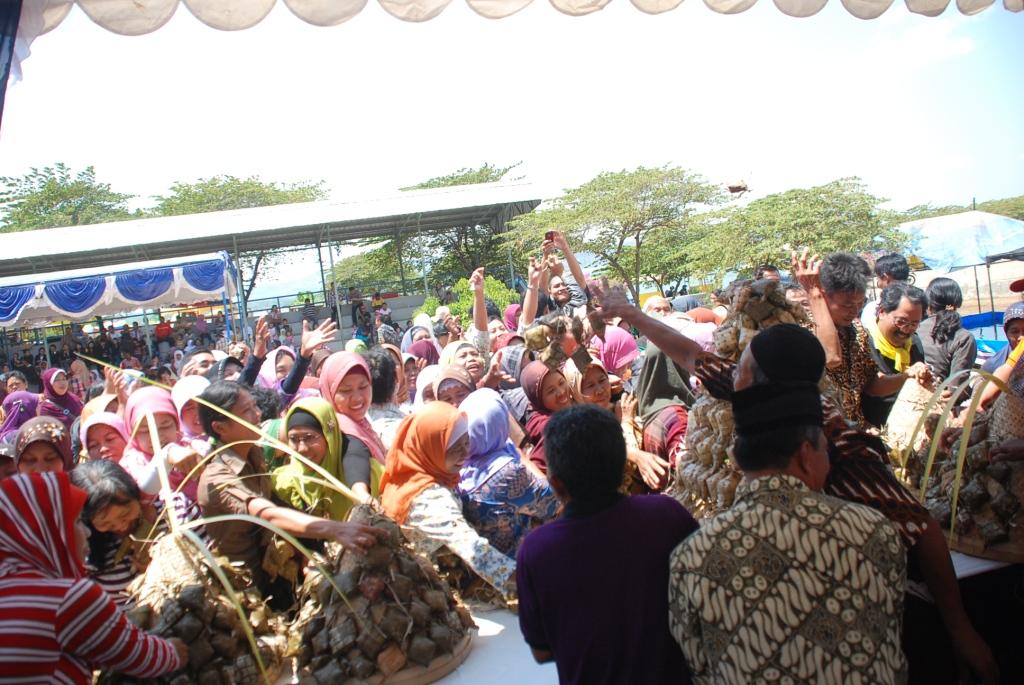 Alternatif Wisata Khas Wonogiri Yogyakarta Spiritual Kahyangan Kab