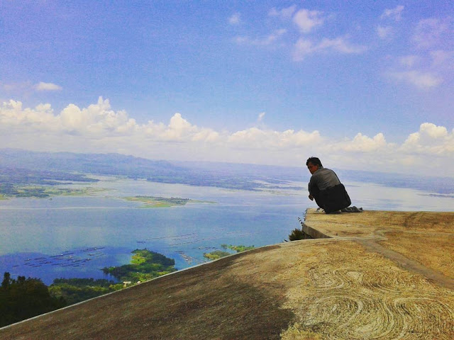 Top 22 Tempat Wisata Wonogiri Wajib Dikunjungi Foto Bukit Gantole