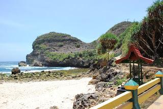 Wisata Pantai Sembukan Wonogiri Indonesia Luas Indah Kabupaten Wisataarea Spiritual