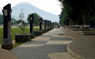 Alun Kota Wonosobo Negri Atas Awan 4264309 20130515041528 Kab