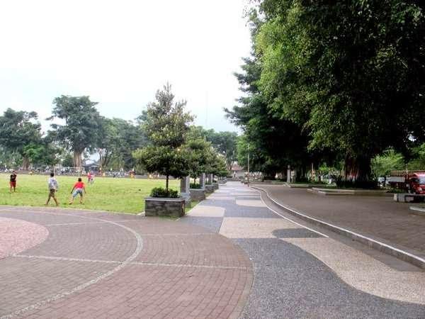 Menghirup Udara Segar Alun Wonosobo Iki Mas Berada Pusat Kota