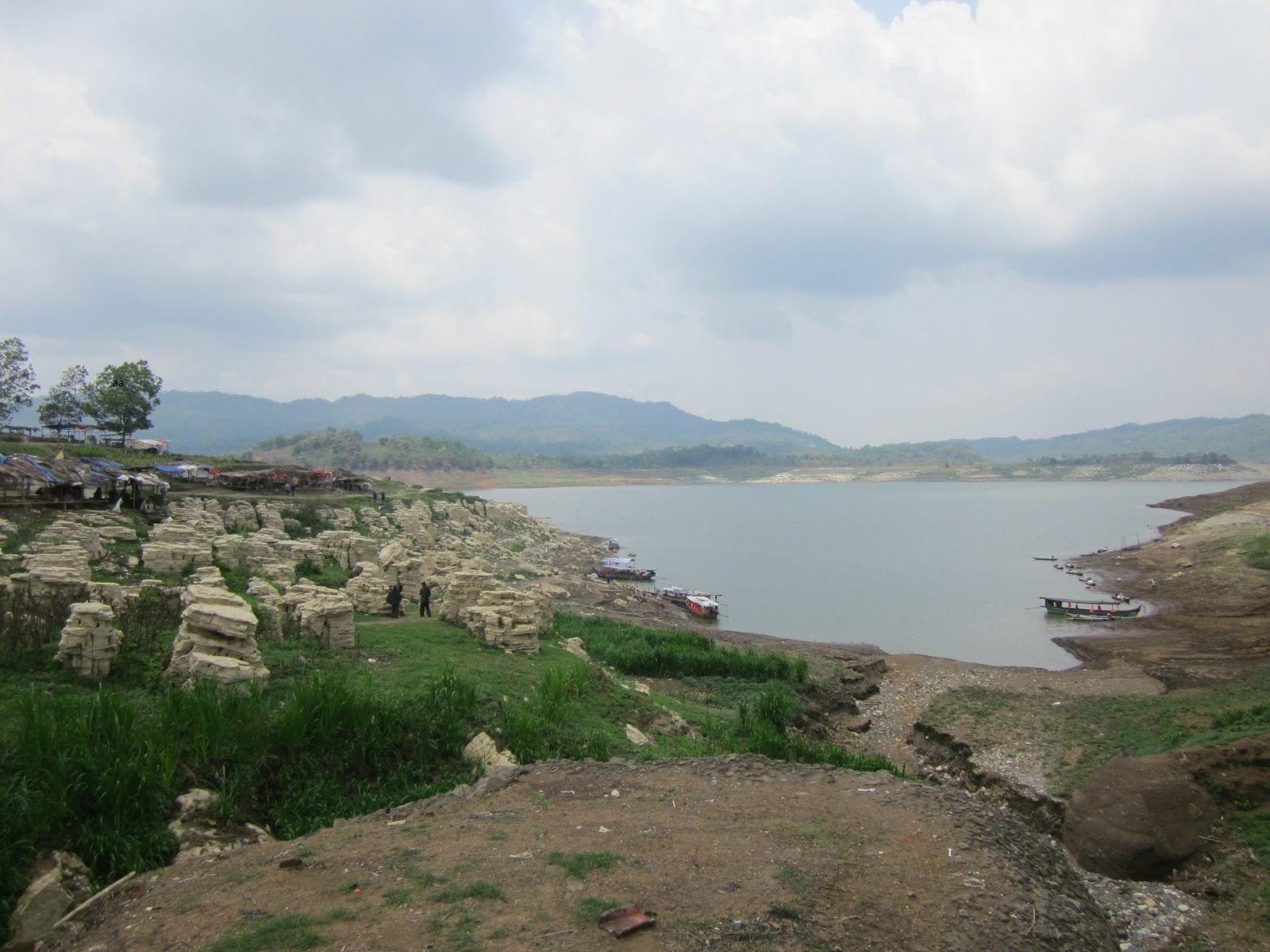 20 Tempat Wisata Wonosobo Menarik Dikunjungi Aneka Seru Lobang Sewu