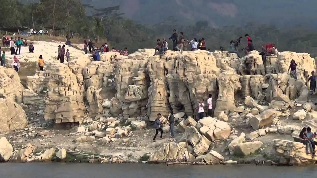 Indahnya Wisata Lobang Sewu Wonosobo Youtube Lubang Kab