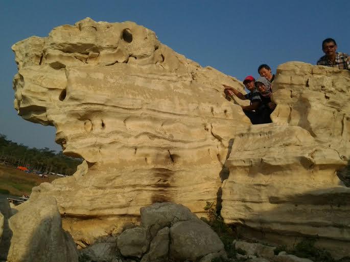 Lubang Sewu Grand Canyon Wonosobo Travelklik Berada Kawasan Waduk Wadaslintang
