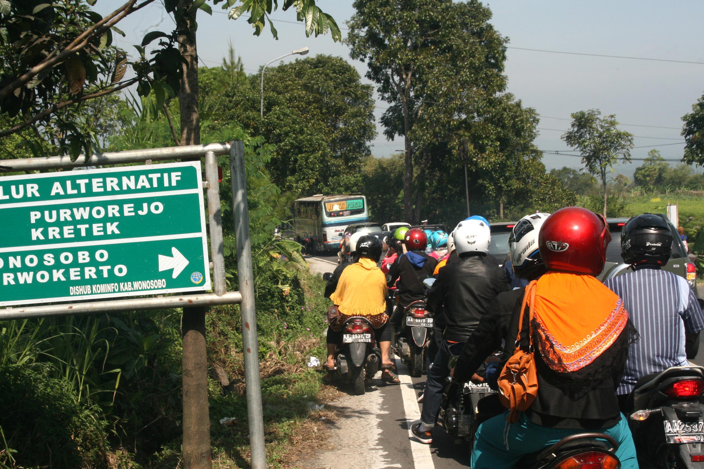 Jalur Alternatif Bojasari Bantu Urai Kemacetan Wonosobo Ekspres Padat Antrian