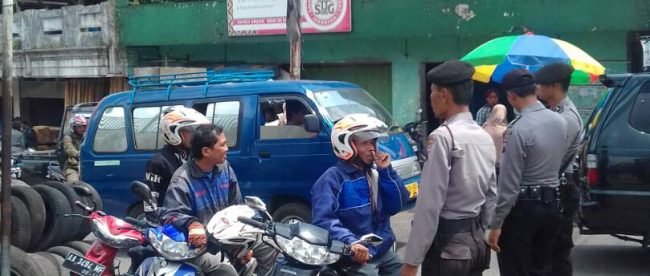 Kasat Binmas Polres Wonosobo Adakan Binluh Pasar Kertek Anggota Kab