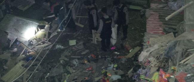 Kecelakaan Maut Truck Hantam Pos Polisi Pasar Kertek Tribrata Kab