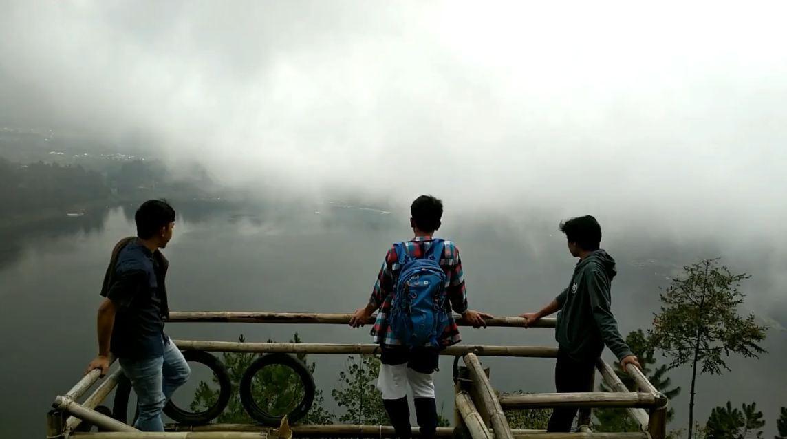 Bukit Cinta Lembah Seroja Tempat Nge Date Pas Hari Kabupaten