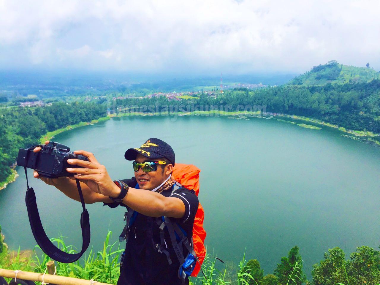 Bukit Telaga Menjer Homestay Penginapan Sikunir Dieng Puncak Seroja Kab