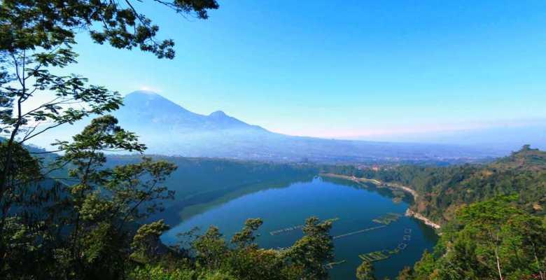 Menelisik Keindahan Telaga Menjer Lembah Seroja Obyek Wisata Dieng Wonosobo