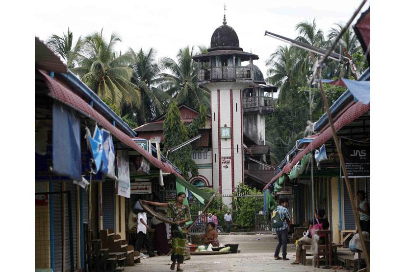 Radarpekanbaru Internasional Kelompok Budha Myanmar Hancurkan Masjid Ramadhan Hutan Kota