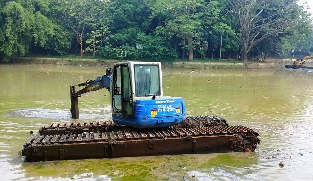 Waduk Hutan Kota Srengseng Dikeruk Berita Administrasi Jakarta Barat