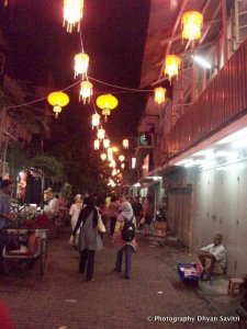 Indonesia Laman 6 Journey Moon Light Suasana Kawasan Pecianan Kelenteng