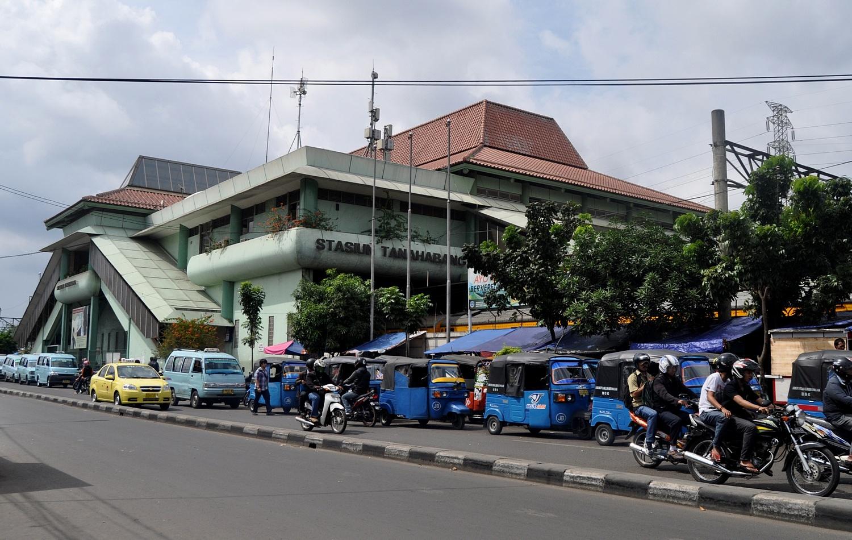 Stasiun Tanahabang Wikiwand Kelenteng Jin De Yuan Kota Administrasi Jakarta