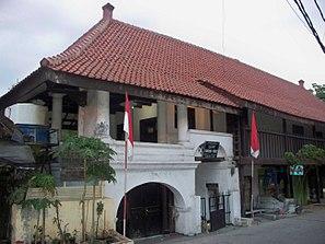 West Jakarta Wikiwand Town Wayang Museum Fine Arts Ceramics Dasaad