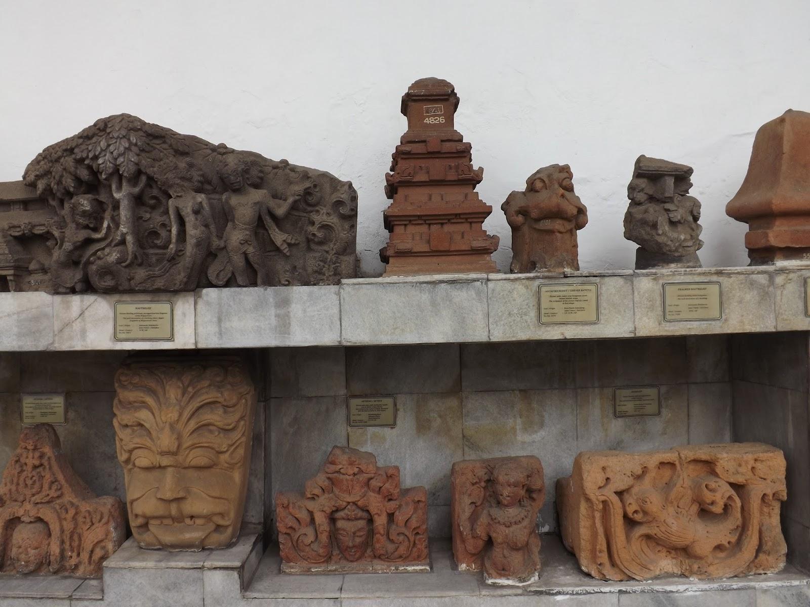 Hanriryn February 2017 Patung Relief Museum Nasional Gajah Indonesia Kota