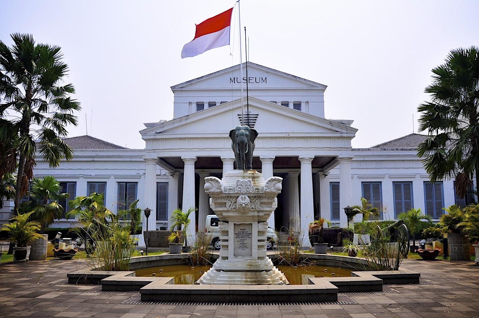 Museum Nasional Republik Indonesia Gajah Kota Administrasi Jakarta Barat