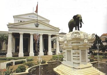 Museum Nasional Republik Indonesia Sayap Ditambahkan 1996 Sebelah Utara Gedung