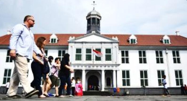 Kota Tua Jakarta Town Batavia Bagaimana Sejarahnya Ivanotrip Musium Fatahillah