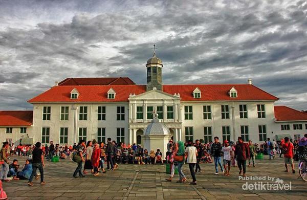 Long Weekend Saatnya Sambangi Kota Tua Jakarta Ramainya Musium Fatahillah