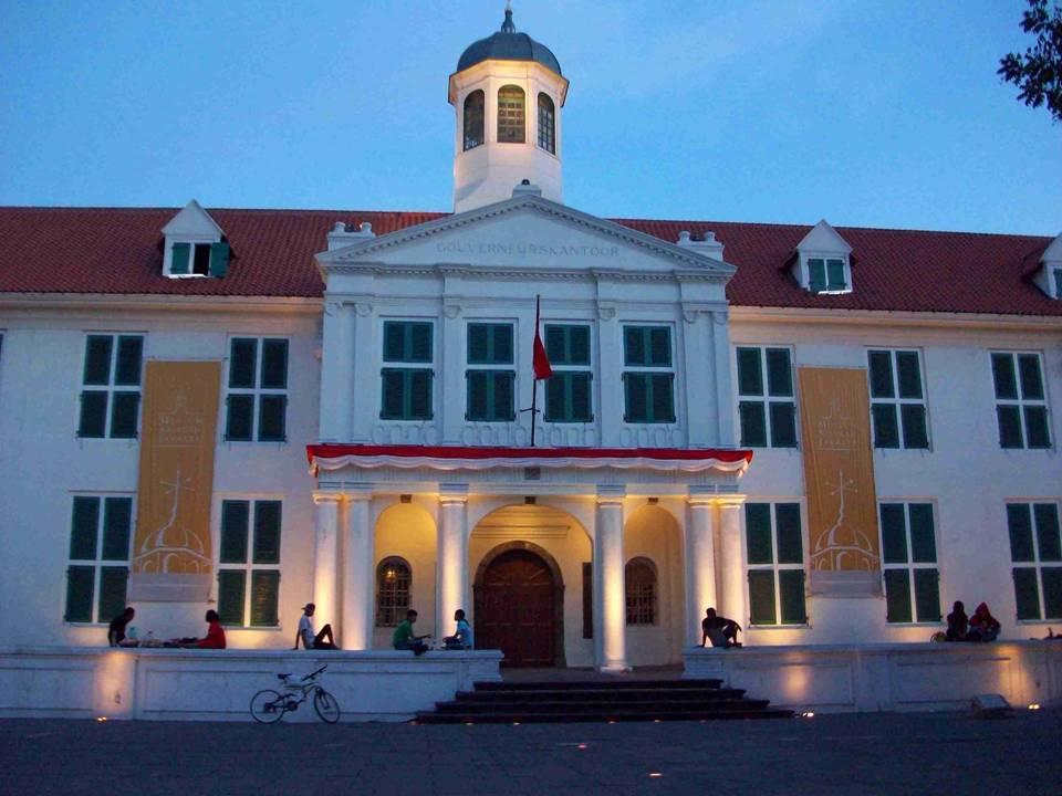 Resident Boy Konservasi Arsitektur Bangunan Museum Fatahillah Musium Kota Administrasi