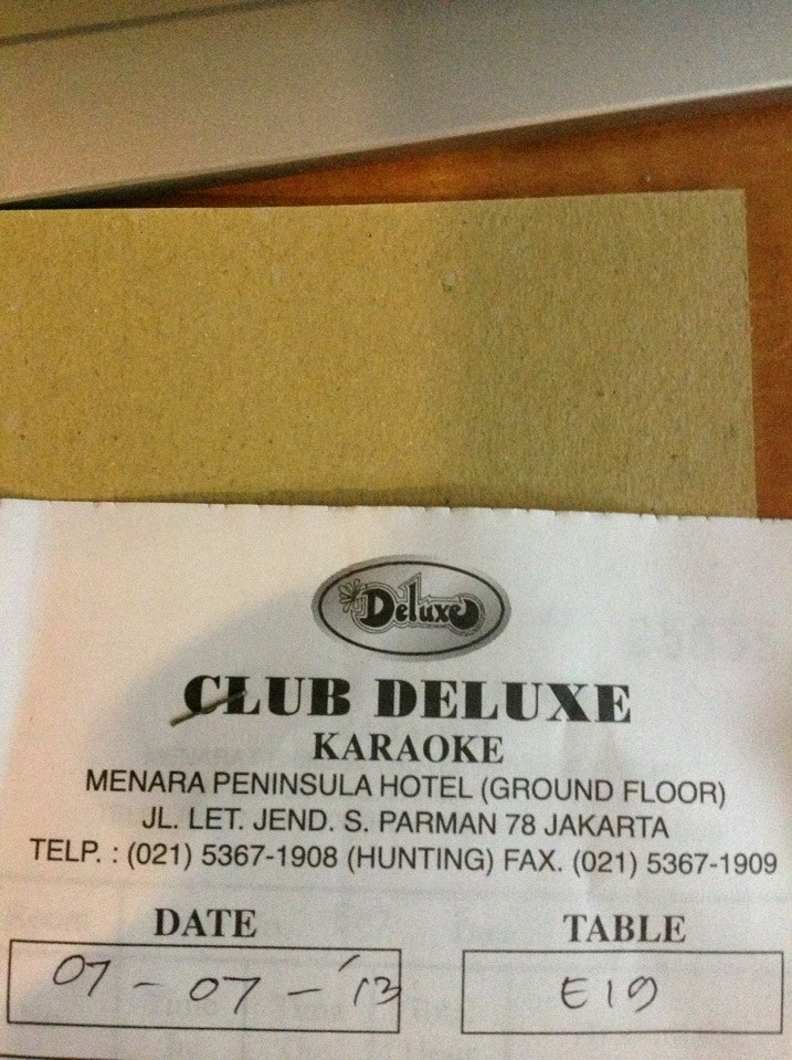Club Deluxe Karaoke Information Photos Map Comments Tips Photo Added