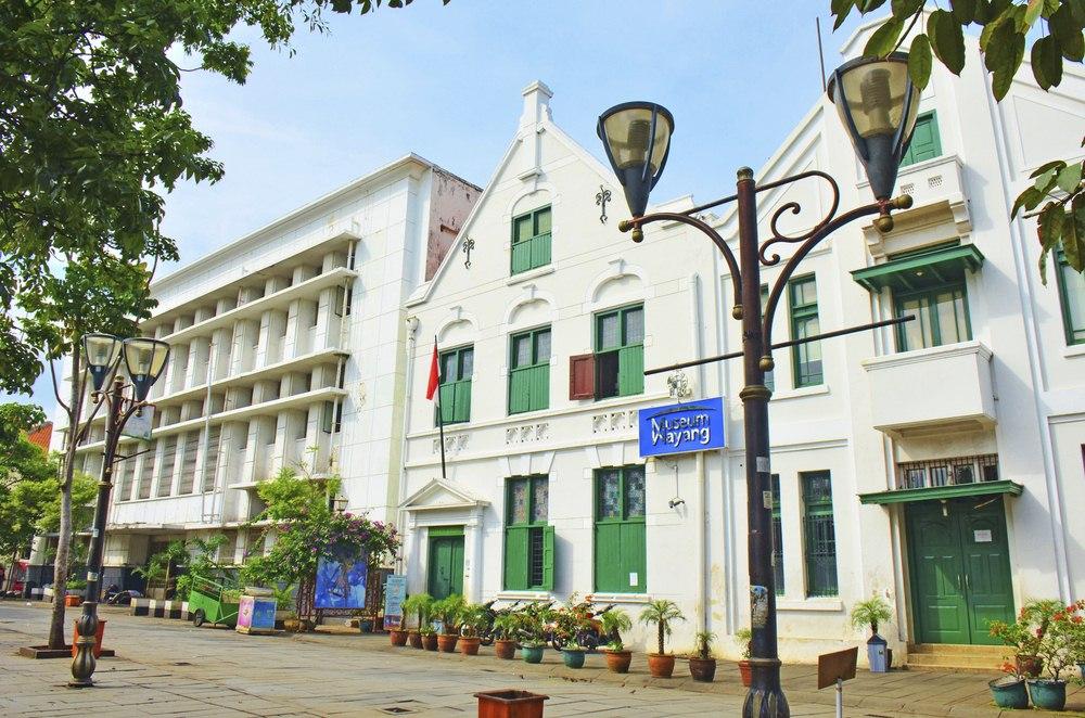 30 Tempat Wisata Jakarta Barat Wajib Dikunjungi Waktu Museum Wayang