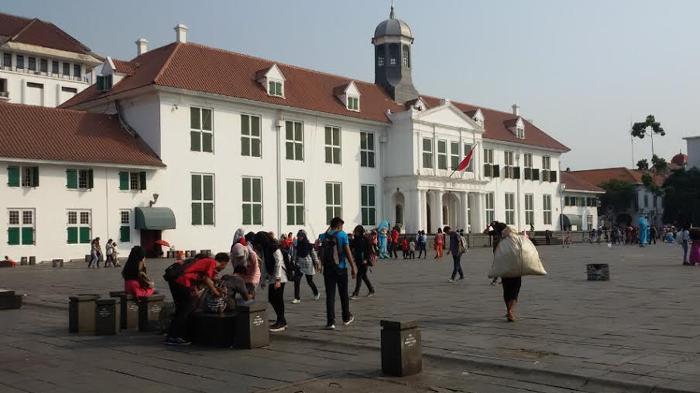 Kawasan Wisata Kota Tua Jakarta Nostalgia Zaman Belanda Keliling Sepeda