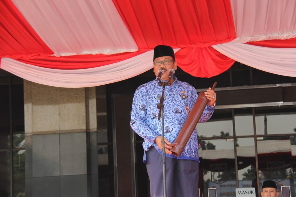 Walikota Mempimpin Upacara Peringatan Hari Pendidikan Nasional Berita Foto Kota