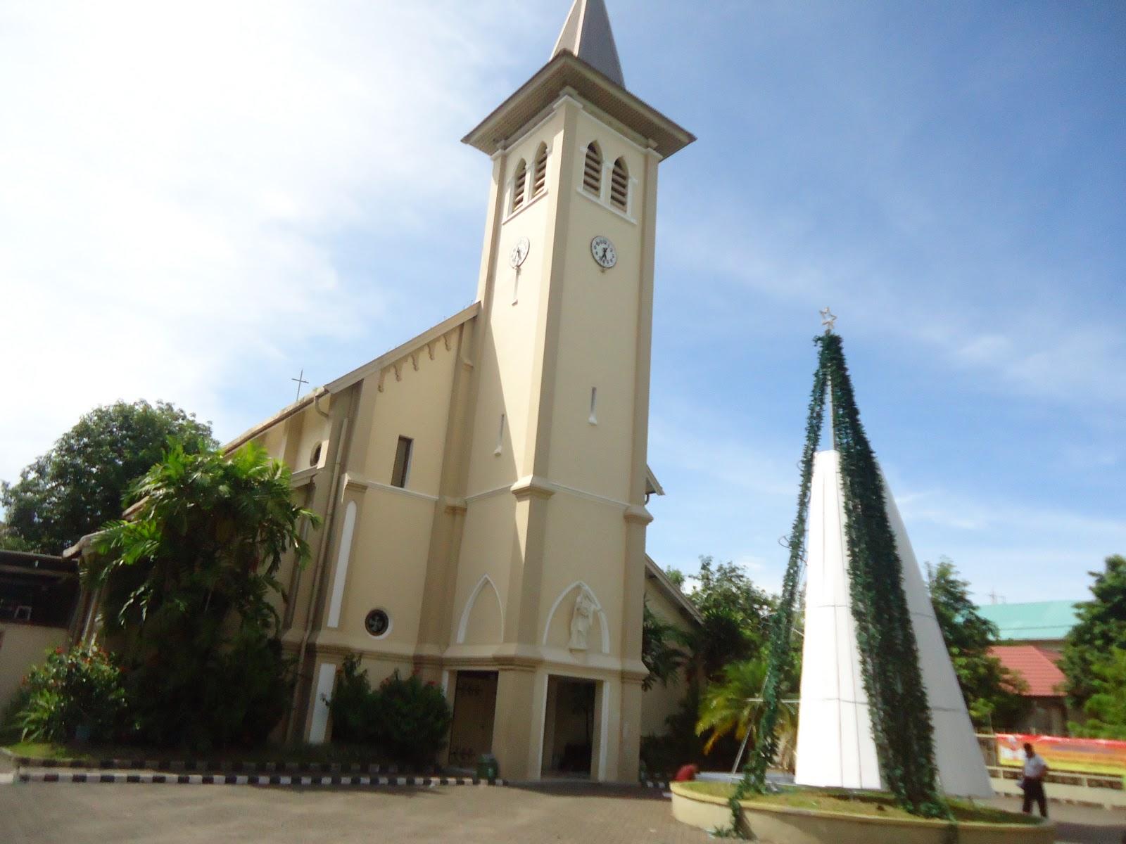 Arsitektur Bangunan Belanda Luar Makassar Gereja Katedral Ujung Pandang Kota
