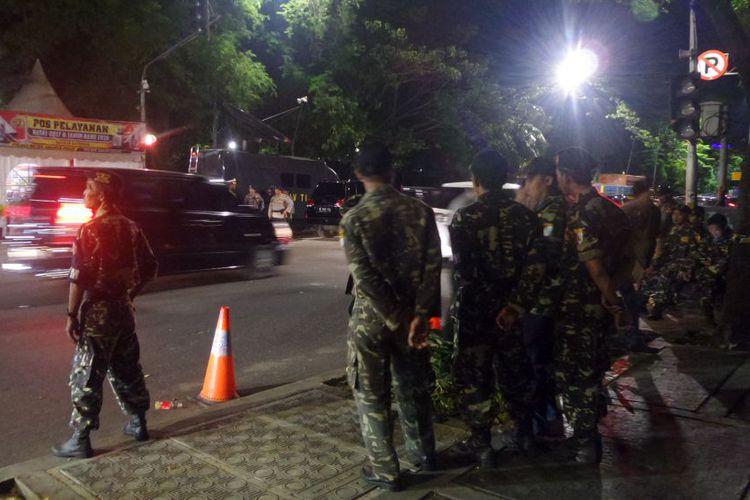 Banser Dki Jakarta Ikut Amankan Gereja Malam Natal Kompas Sejumlah