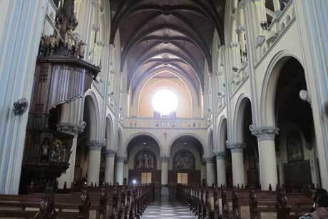Katedral Bergaya Neo Gotik Dibangun Berhadapan Masjid Istiqlal Gereja Kota