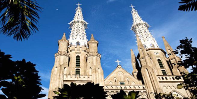 Paskah Gereja Katedral Berkonsep Ramah Lingkungan Dekorasi Kota Administrasi Jakarta