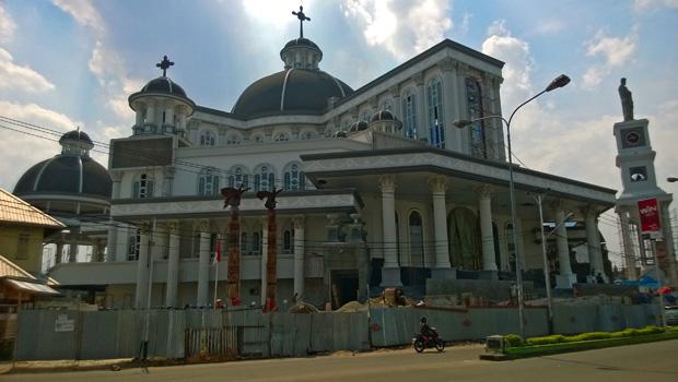 Sejarah Gereja Katolik Kalimantan Barat Ofm Kapusin Kondisi Geografis Katedral