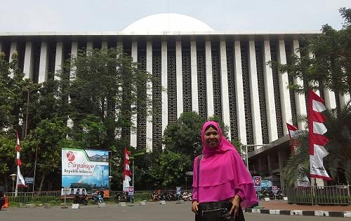 Ayo Berkunjung Mengenal Masjid Istiqlal Jakarta Dokumentasi Foto Depan Kamis