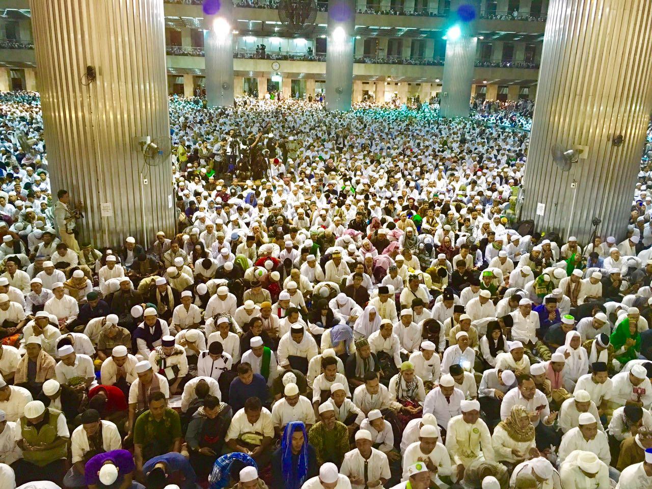 Breaking News Aksi 112 Doa Keselamatan Negeri Masjid Istiqlal Berlangsung