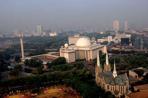Rindu Masjid Istiqlal Jakarta Simbol Toleransi Bhineka Tunggal Ika Berseberangan