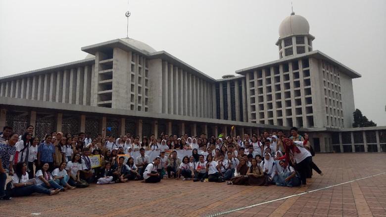 Seru Peserta Wisata Rumah Ibadah Pengurus Istiqlal Ngobrol Masjid Kota