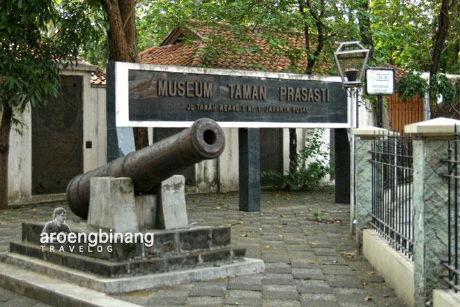 Aroengbinang Museum Taman Prasasti Jakarta Kota Administrasi Pusat