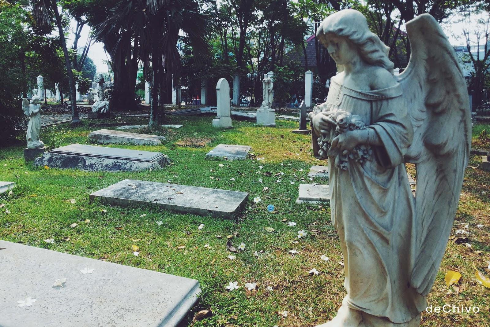 Paul De Chivo Jejak Pemakaman Bangsawan Museum Taman Prasasti Kota