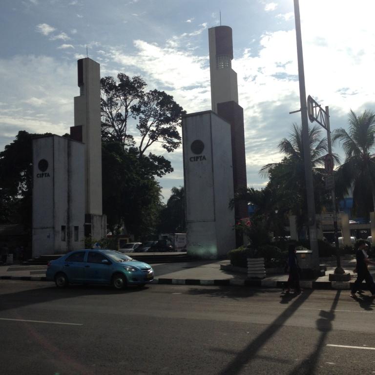 Abs Masuk Gudang Liar Pagi Hari Taman Ismail Marzuki Tampak