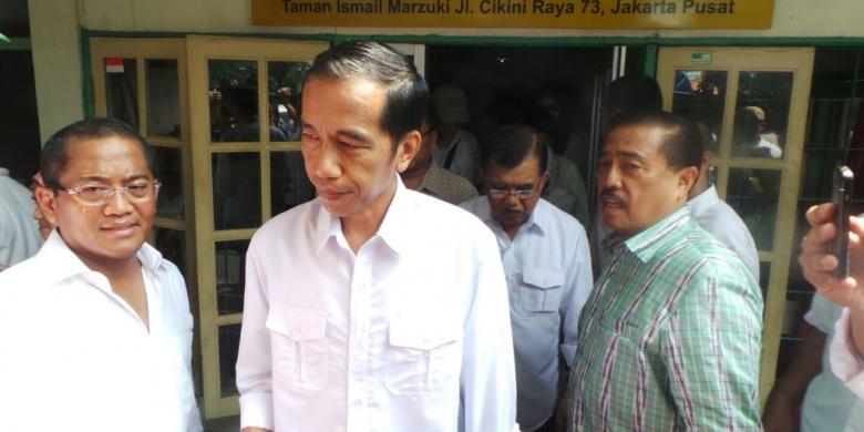 Jokowi Jk Makan Soto Bareng Sebelum Deklarasi Kompas Joko Widodo