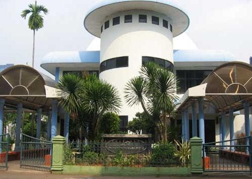 Menikmati Seni Budaya Tanah Air Taman Ismail Marzuki Travelklik Bagaimana