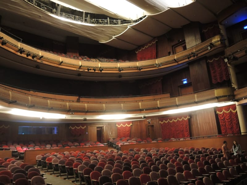 Sajak Gugur Taman Ismail Marzuki Kumparan Bangunan Sama Teater Kecil