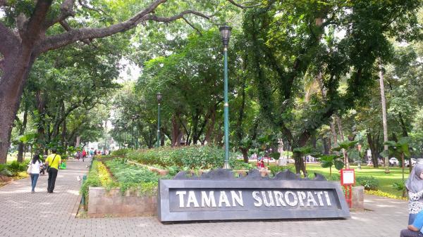 Jakarta Pusat Pemerintah Kota Administrasi Taman Bersih Nyaman Sejumlah Wilayah