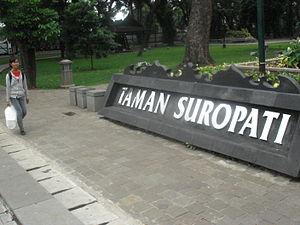 Menteng Jakarta Pusat Wikivisually Taman Suropati Park Kota Administrasi
