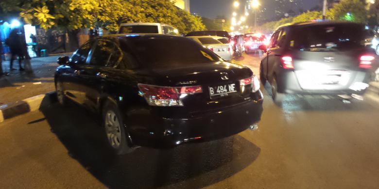 Parkir Liar Taman Menteng Segera Ditertibkan Kompas Area Depan Hotel